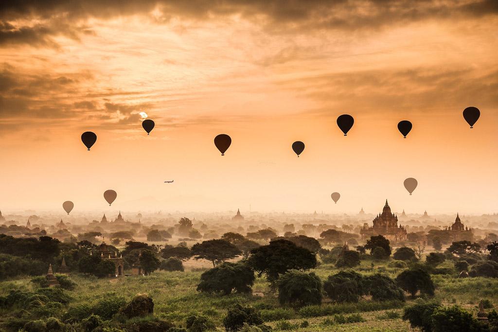 Bagan en Myanmar en globo