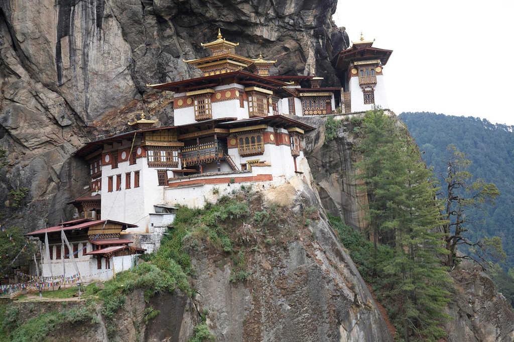 El nido del tigre en Bután