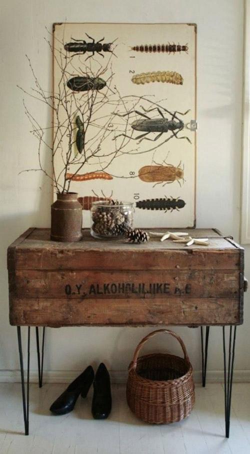 mesa hecha con una vieja caja de madera