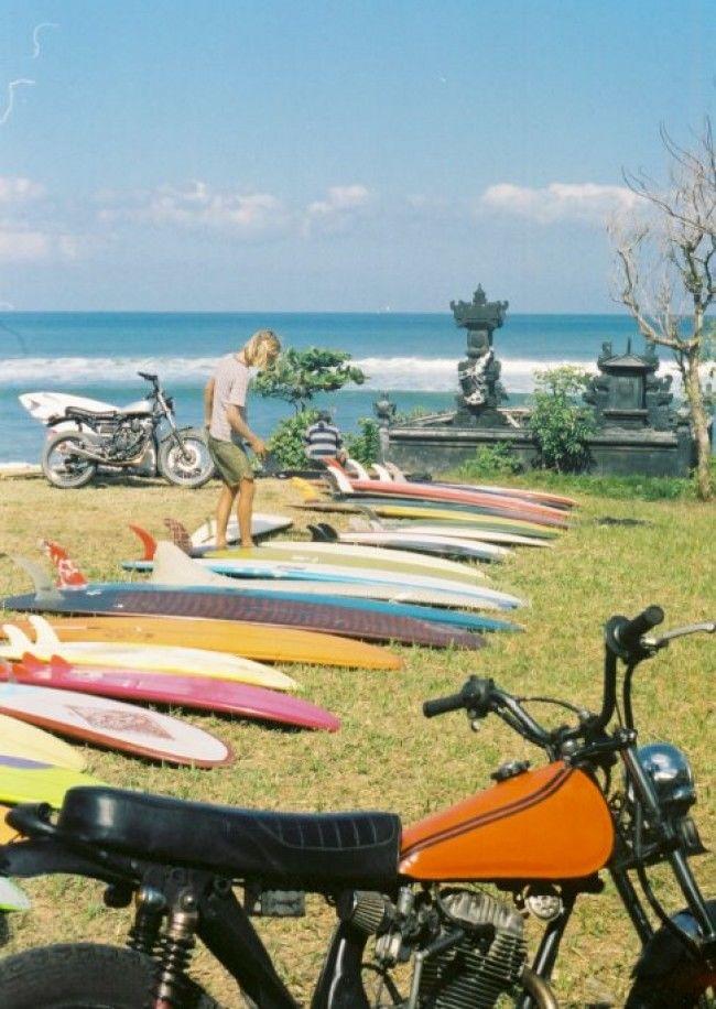 Surfistas en Bali