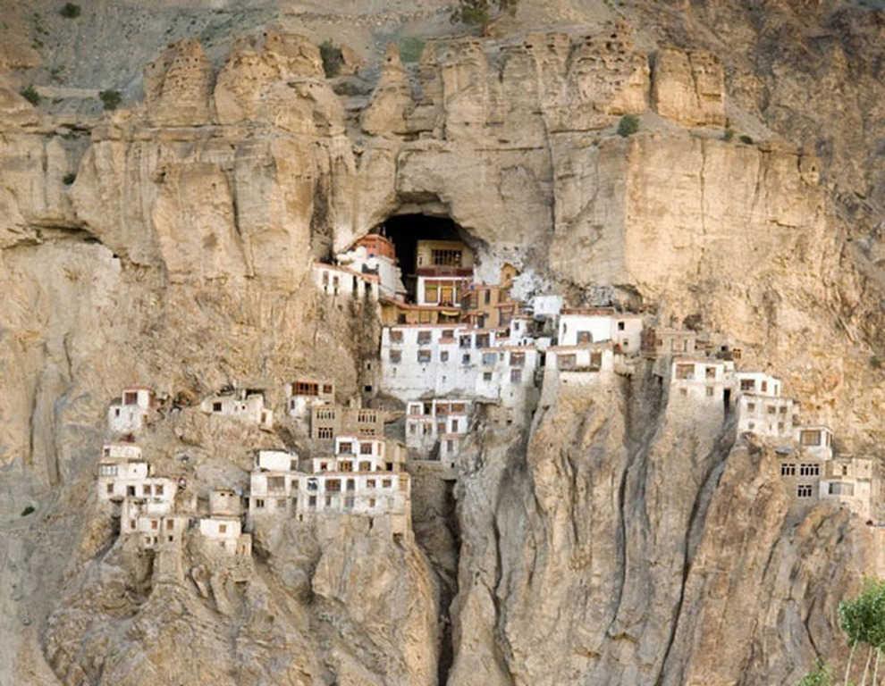 phuktal montaña
