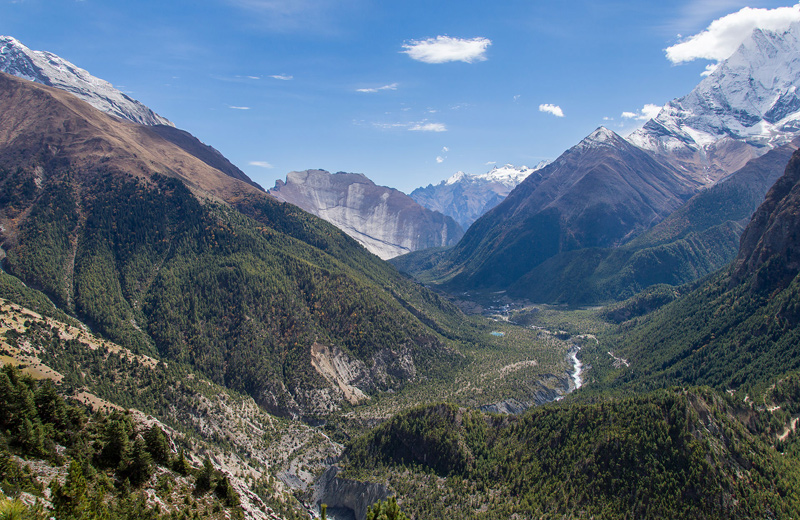 El rio Marsyandgi en el Nepal