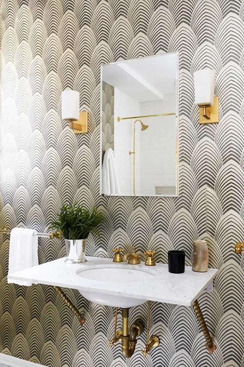 Papeles pintados para baños con mucho rollo