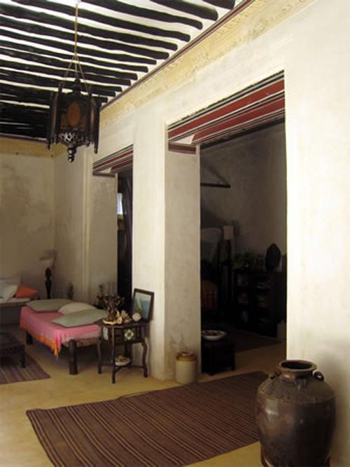 Interior de una casa en Lamu