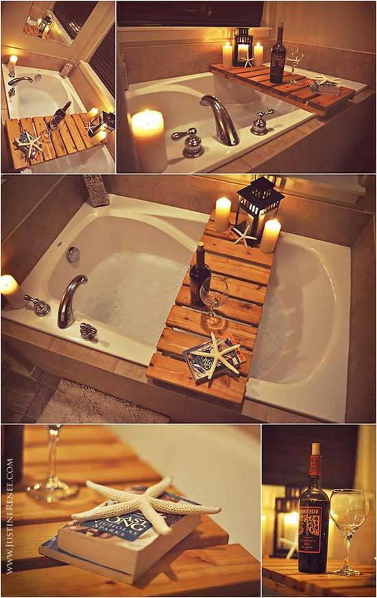 Mesita para el baño hecha de un palet