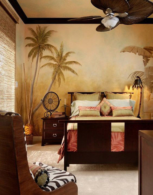 Pared con papel pintado tropical