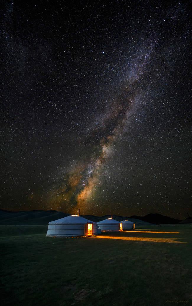 De noche en el desierto del Gobi