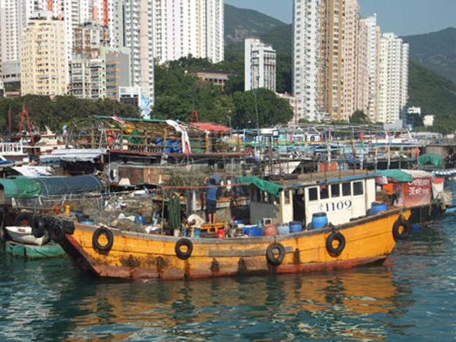 Mercado flotante de Aberdeen en Hong Kong