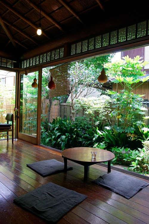Elementos naturales en el hogar zen
