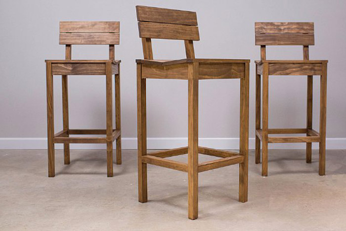 Sillas hechas con madera de palets