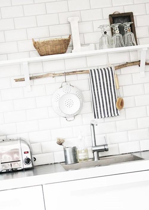 Ramas secas para decorar la cocina