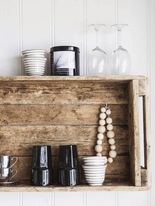 caja de madera para decorar la cocina