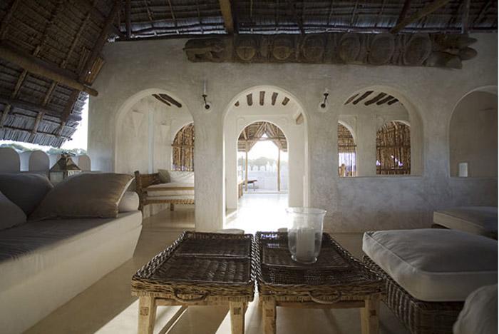 Interior de un hotel en Lamu