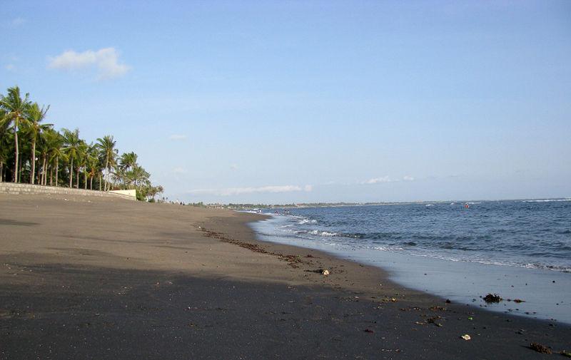 Playa de Batu Balong en Bali