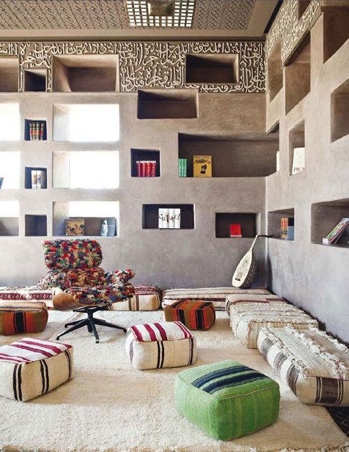 Cojines en un hotel de Marrakesch