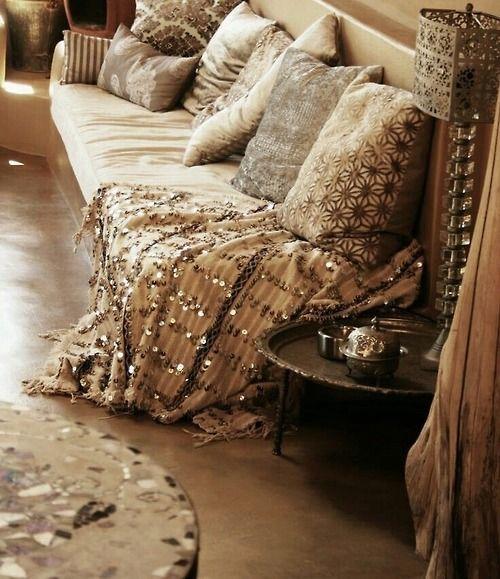 La tapicería y los cojines en la decoración marroquí