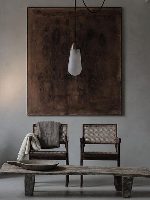 Mesa de madera sin tratar