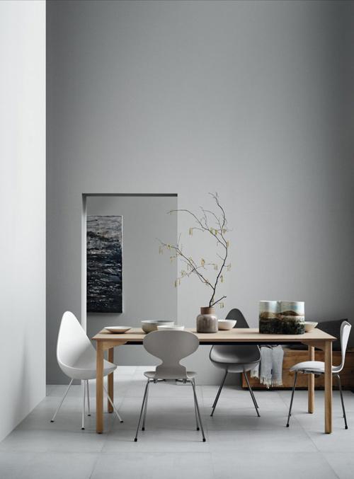 Mesas y sillas de diseño nórdico