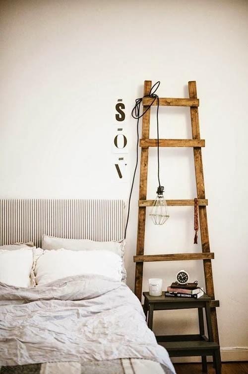 decorar con escaleras decorativas de madera