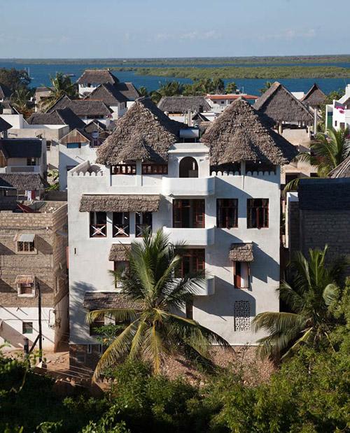 Un hotel en la isl ade Lamu