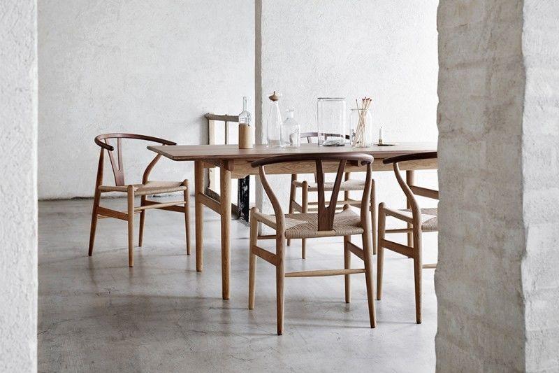 Mesas y sillas de diseño escandinavo