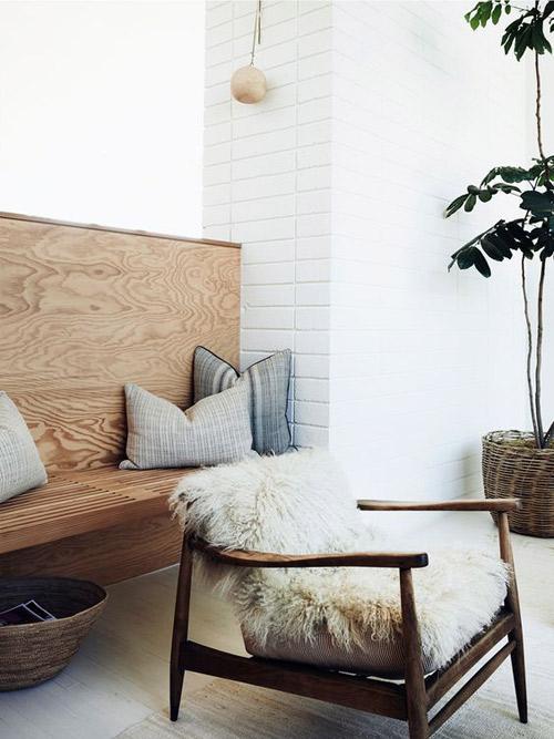 Cálidas texturas en la decoración minimalista