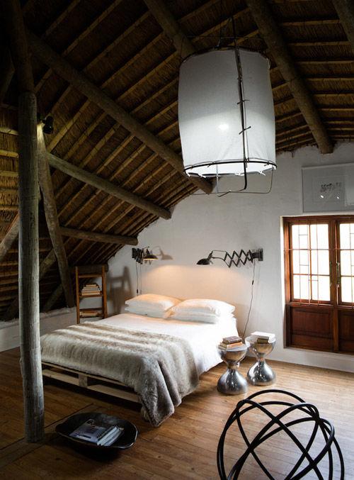 dormitorio rústico con mucho encanto