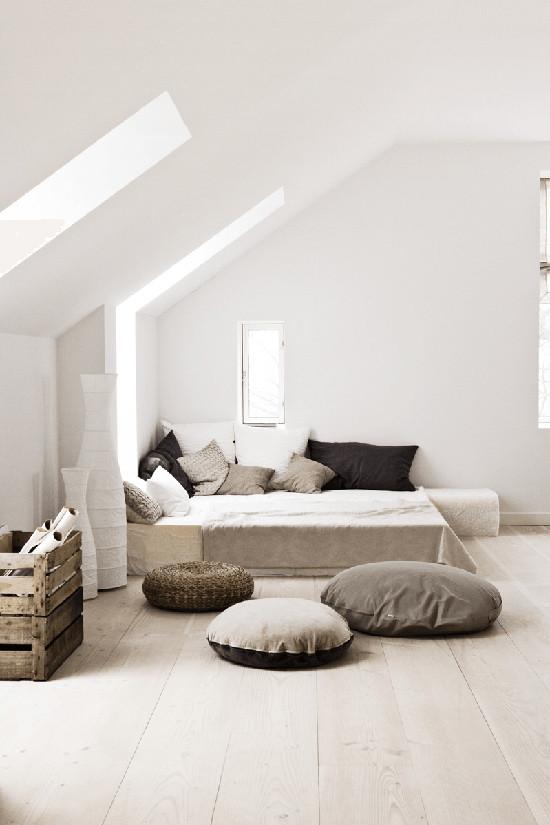 Un dormitorio de estilo nórdico