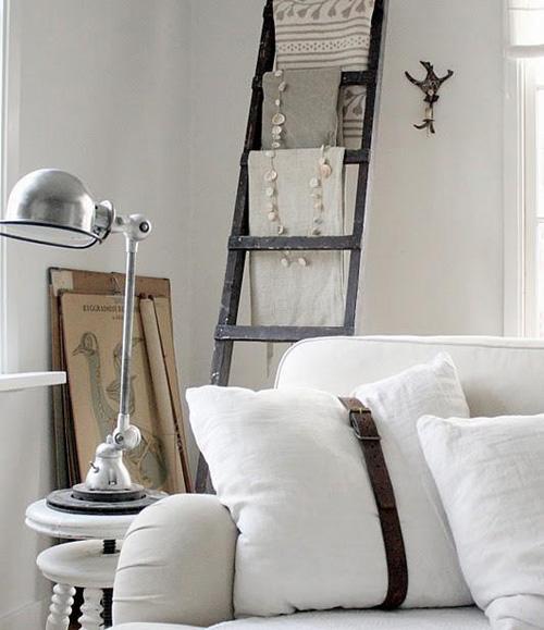 Escaleras de madera en la decoración del hogar