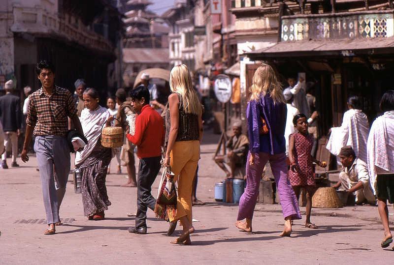 Hippies en Nepal en los años 70s