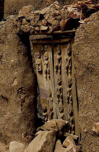 puerta de un granero Dogón