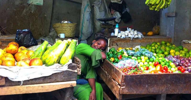 mercado en la antigua ciudad de Lamu