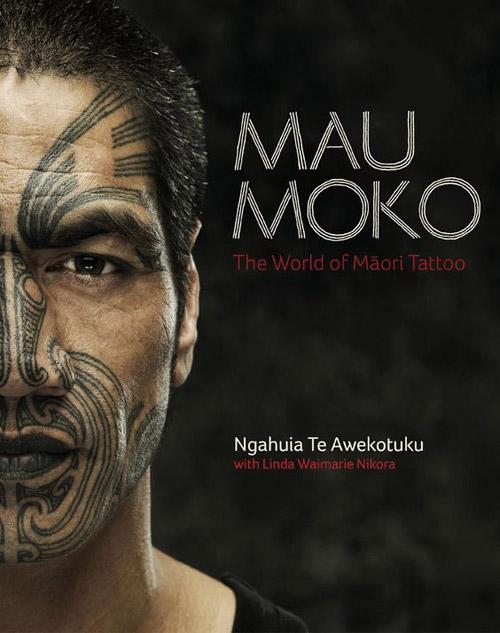 Moko: Tatuaje tribal maori en la cara