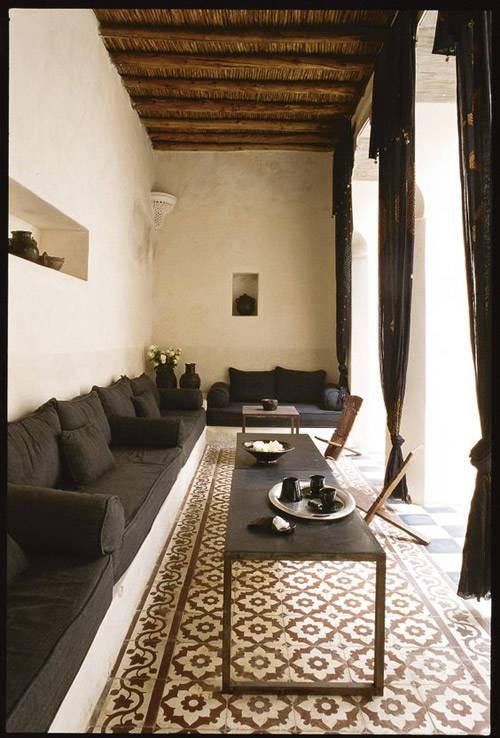 Baldosas en en exterior marroquí
