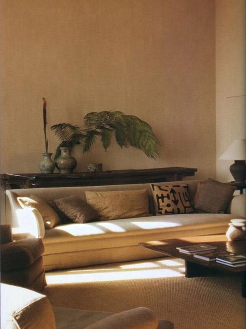 pintar las paredes en tonos beige oscuros