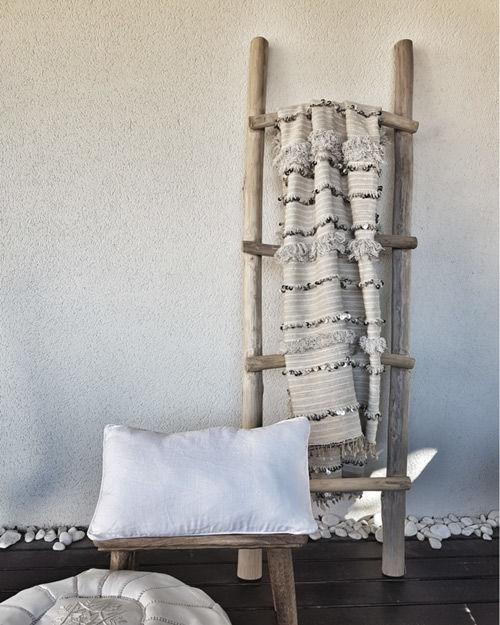 decoración con mantas handiras de marruecos