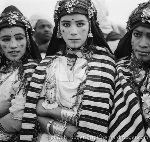 tribu bereber beni ouarain de las montañas dee marruecos