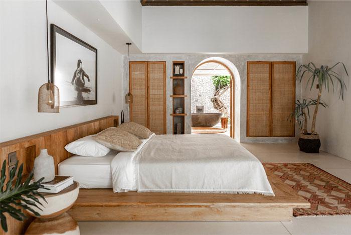 cómo decorar un dormitorio con alfombras de estilo étnico