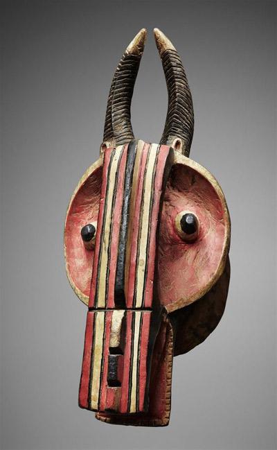 máscara tribal africana de madera