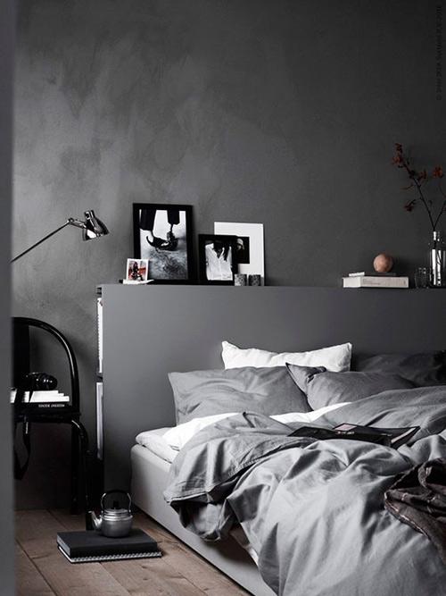 decoración de interiores en tonos oscuros