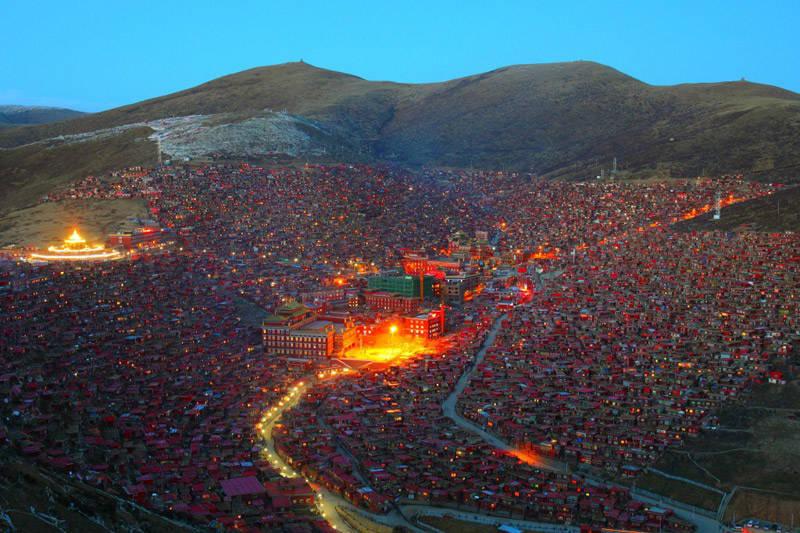 Larung Gar Tibet