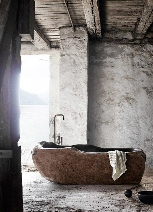 Una bañera exenta actual