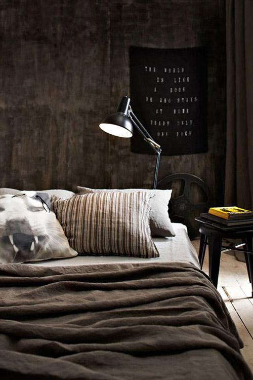 los colores oscuros en la decoración de dormitorios