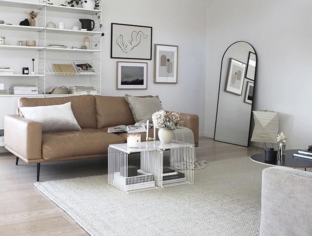 Salones con alfombras de tonos neutros