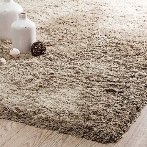 alfombra grande de pelo largo color beige