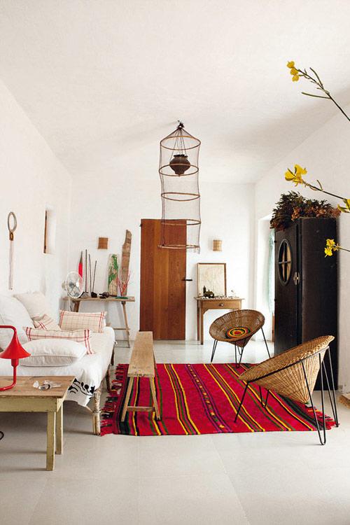 alfombra étnica de color rojo