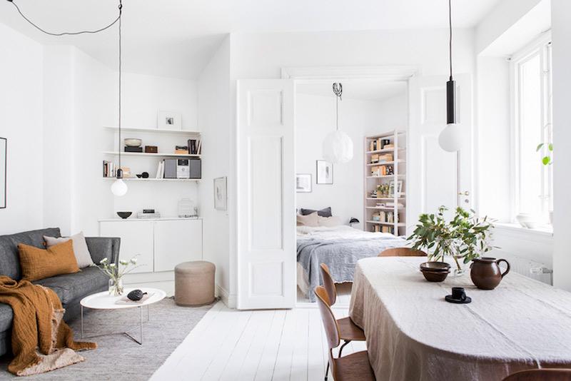 El color blanco para aportar más luz y espacios más diáfanos en los apartamentos pequeños