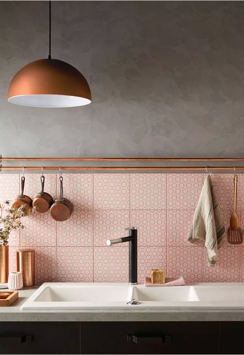 Azulejos de baño y cocina en color salmón
