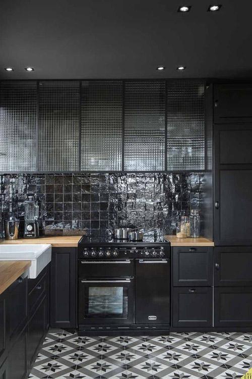 decoración de cocinas con baldosas negras de marruecos