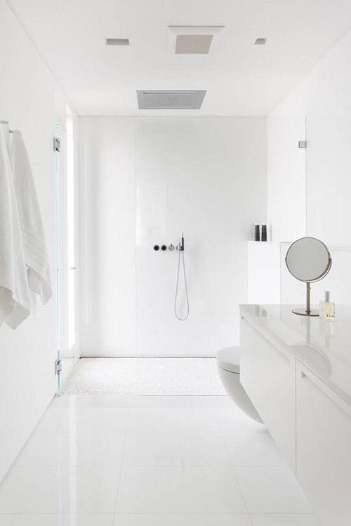 baños minimalistas modernos blancos